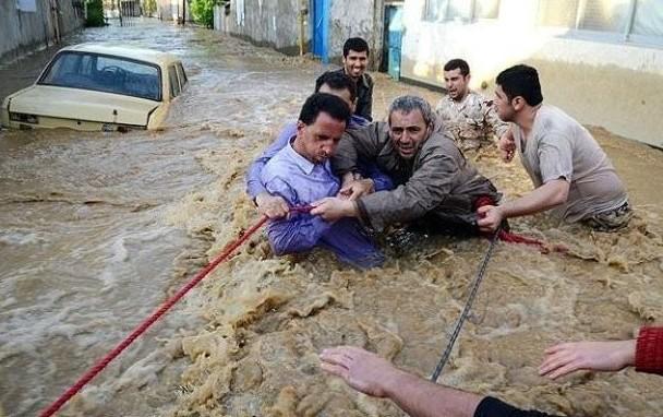 11 قتيلاً في فيضانات إيران